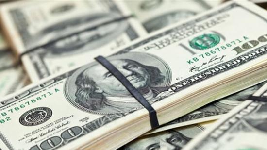 تباين أسعار الدولار في البنوك الخمسة الكبرى بنهاية تعاملات اليوم