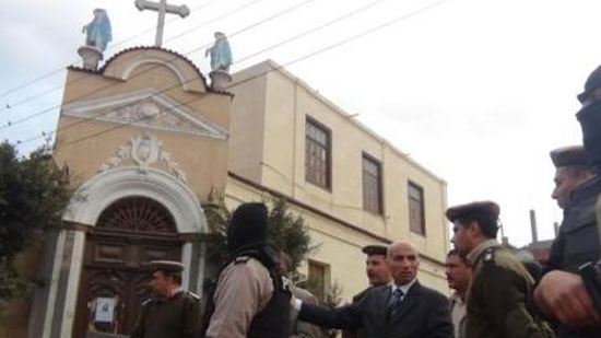 أسرة مقتحم كنيسة حمامات القبة تتسلمه..