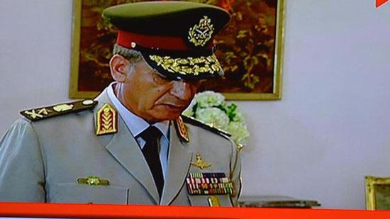 تعرف على وزير الدفاع الجديد.. الفريق محمد ذكي الذي تحفظ على مرسي في 30 يونيو