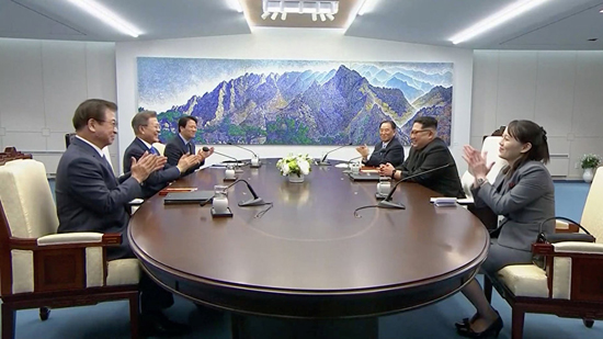 وكالة: لقاء سري بين رئيسي استخبارات الكوريتين
