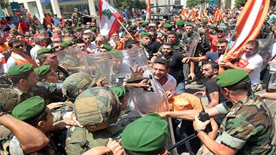 نتيجة بحث الصور عن الجيش اللبناني والمتظاهرين