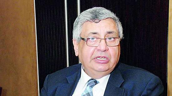 مستشار الرئيس للصحة: جميع الاطباء بوحدة الصدر بعين شمس اصيبوا بكورونا