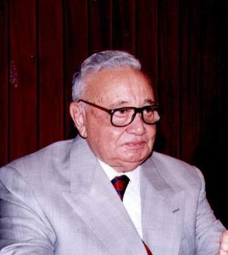 الدكتور عكاشة