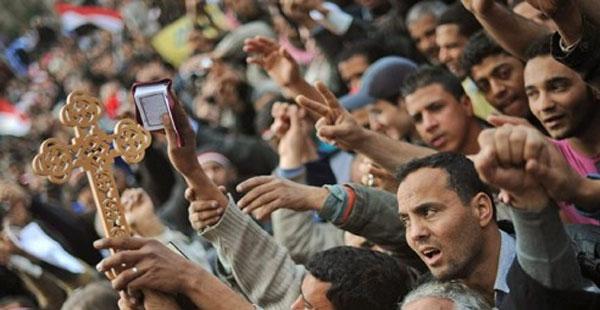 Image result for مسلم ومسيحي + 25 يناير